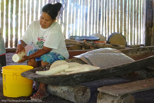 Making pan de yuca (yuca bread) | Cuyabeno Nature Reserve with Nicky Lodge | Ecuador | Amazon