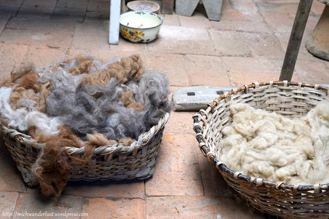 Miguel Andrango backstrap weaving sheep wool and alpaca wool Otavalo Ecuador
