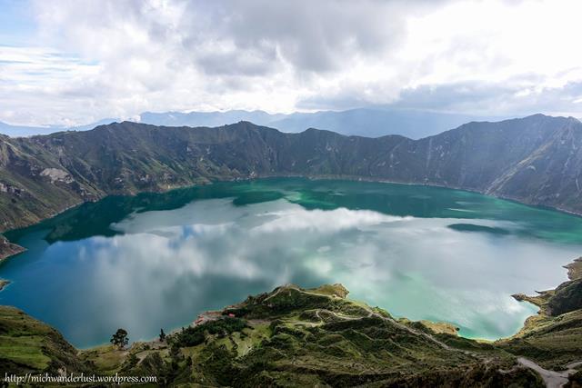 Quilotoa Lake Ecuador | Laguna de Quilotoa