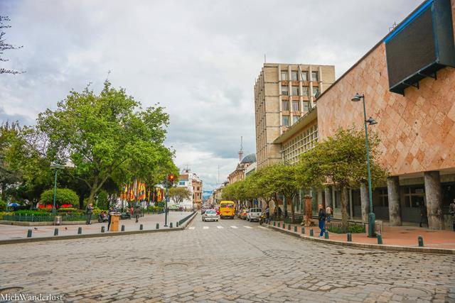 Parque Calderon, Cuenca, Ecuador