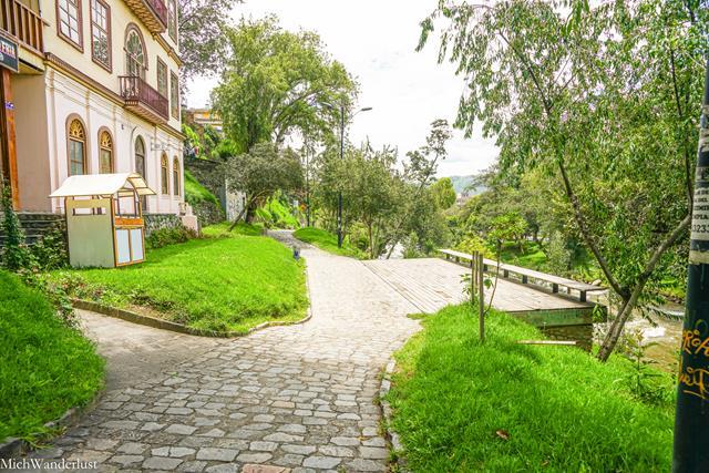 Paseo 3 de Noviembre, Cuenca, Ecuador